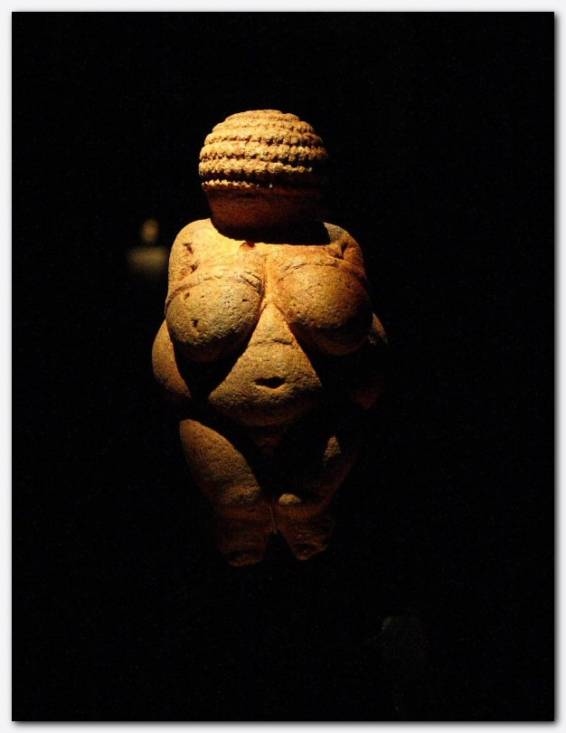 Slika 1 - Willendorfska Venera